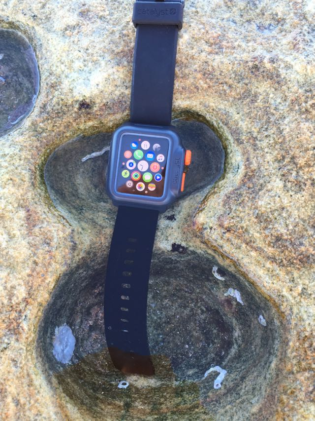 online retailer 45198 b1073 This new Catalyst Case can make your Apple Watch waterproof - Tech Guide