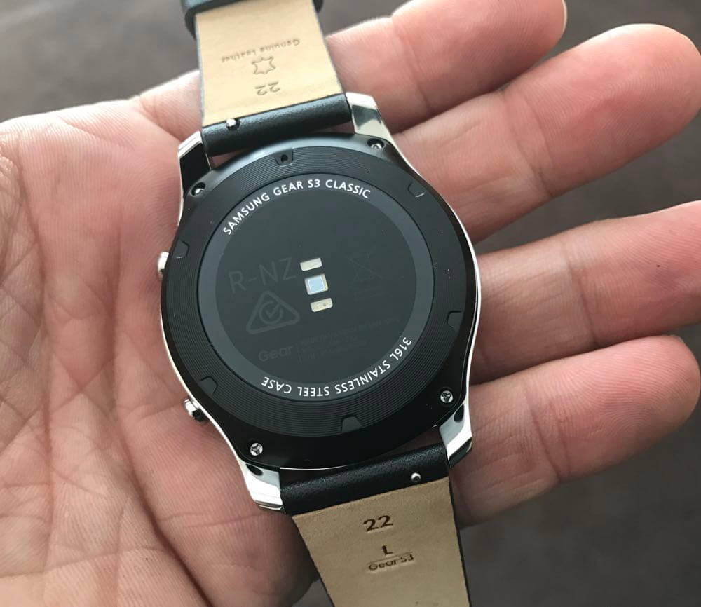 Samsung Gear S3 smartwatch review - great design and stylish